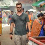 """Com Chris Hemsworth, """"Resgate"""" ganha trailer oficial"""